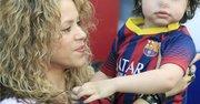 La cantante colombiana Shakira y su hijo Milan