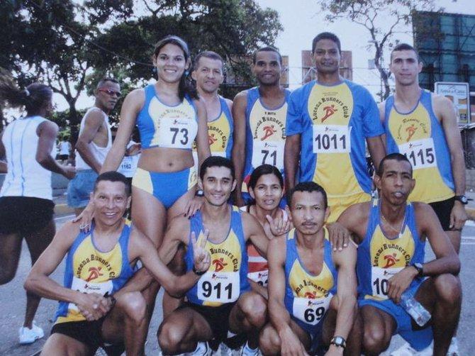 Héctor Porras con su actual equipo Lucena Runners.