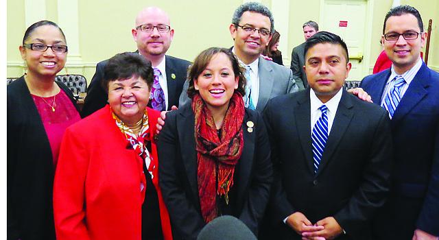 De izq. a der. Joselin Peña-Melnyk, Ana Sol Gutiérrez, David Fraser Hidalgo, Maricé Morales, Gustavo Torres (activista), Víctor Ramírez y Will Campos.