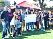 El DC United hizo entrega de una donación de $1.800 al Latino Student Fund luego del Partido de las Estrellas que protagonizaron ex jugadores del DC United como Luciano Emilio y Jaime Moreno.