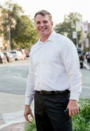 Roy Avellaneda: Un líder que busca llegar al Concejo Municipal para reducir el crimen, aumentar el número de viviendas asequibles y promover un desarrollo económico sostenible para Chelsea.