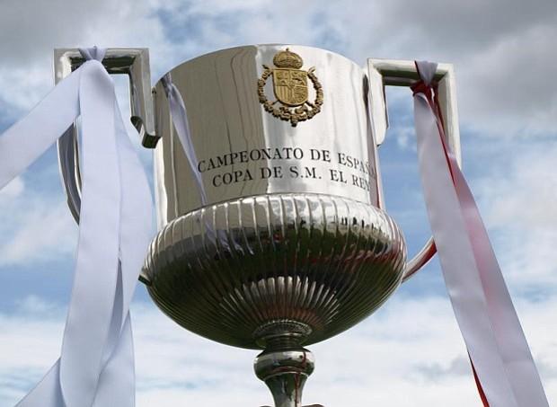 En la Copa del Rey el Cadiz y Villanovense se verán las caras con el Barca y el Real Madrid