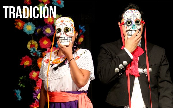 """La tradición del Día de los muertos en la obra de teatro y galería de arte """"Calavera con calavera"""""""