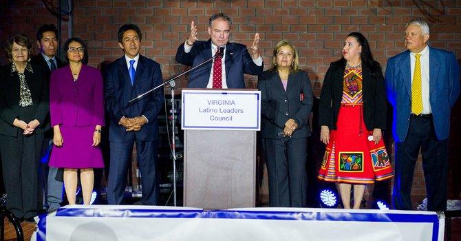 Buscan más votos latinos en Virginia