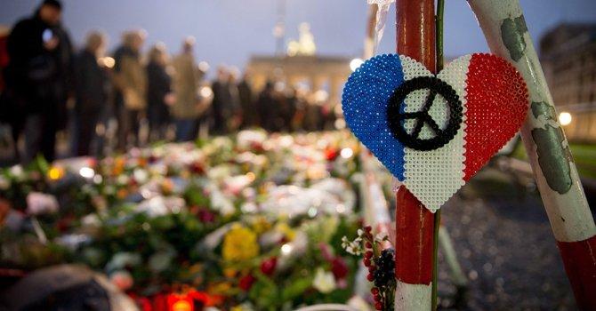 Dos mexicanas mueren en los ataques de París