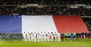 Homenaje a las víctimas del terrorismo en Francia antes del partido enre el Madrid y el Barcelona el 21 de noviembre del 2015