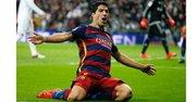 El delantero del Barça Lusi Suárez celebra el cuarto gol (también marcó el primero) contra el Madrid el 21 de noviembre del 2015 en el Clásico en el Bernabeu.