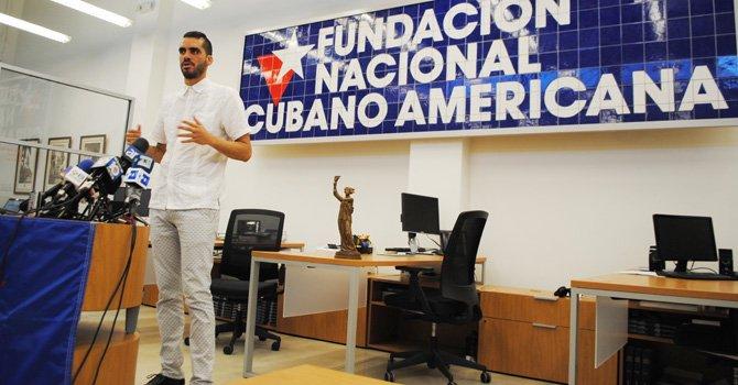 Artista cubano denuncia situación cubana