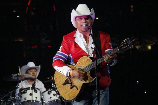 Este año, el Go Tejano Day del Rodeo de Houston tuvo sabor norteño con este famoso grupo, que se robó los aplausos de los más de 75,000 asistentes a esta festividad.