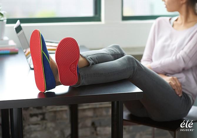 Diseñador colombiano de Boston lanza innovadora compañía de calzado