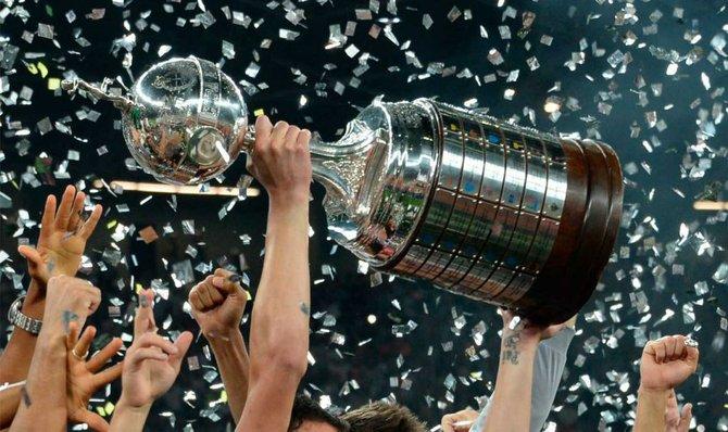 Copa Libertadores: Premios para campeones y subcampeones serán duplicados