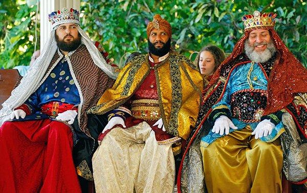 La tradición de los Reyes Magos de Oriente se mantiene arraigada fuertemente en la cultura popular navideña de Puerto Rico a pesar de la expansión de celebraciones llegadas de Estados Unidos.