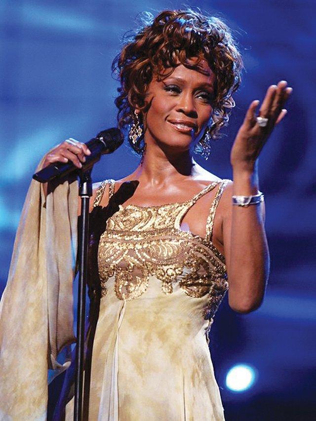 Whitney Houston, fallecida en febrero de 2012, dará un concierto el próximo año en forma de holograma, el cual actuará en un gran recinto estadounidense y el concierto se emitirá en directo por televisión y ordenadores de todo el mundo a través de la web FilmOn.com. Se contempla también la posibilidad de gira internacional.