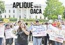 Los beneficios de la Acción Diferida para Jóvenes (DACA) emitidos por el presidente Barack Obama en el 2012 continúan vigentes. Foto: Archivo