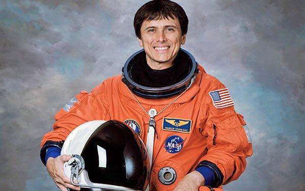 Costarricense de Houston realizó hace 30 años su primer viaje espacial con la NASA