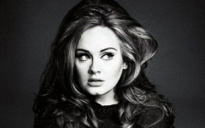 'Hello' de Adele ha alcanzado los mil millones de visitas