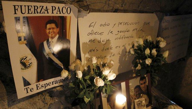 Inician exequias del expresidente de El Salvador Francisco Flores