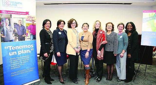 Miembros de la comunidad hispana participan en el simposio latino del DC Health Link, el 13 de enero (CORT. CWHCC/ETL)