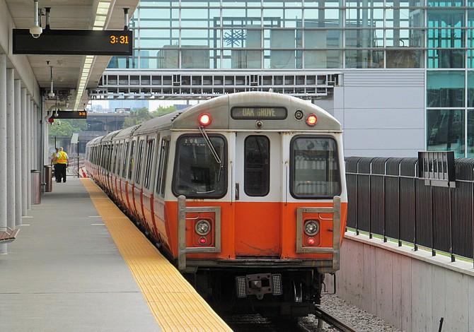 MBTA reparó 13 trenes de la Línea Naranja