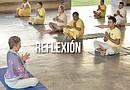 """Las sesiones de yoga corresponden a algunas de las actividades del programa """"Jornadas de atención en salud a tu dormitorio"""", realizado con el apoyo de la Secretaría de Salud de la Ciudad de México./Foto: EFE"""