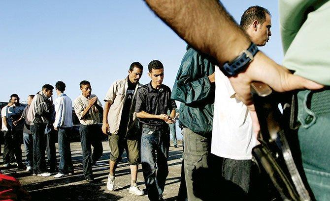 Cortes de Inmigración no se dan abasto