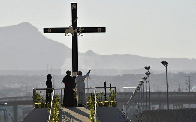 Transcripción de la entrevista colectiva al papa Francisco a su regreso a Roma