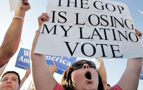 El voto, la única manera de cambiar el futuro de los indocumentados