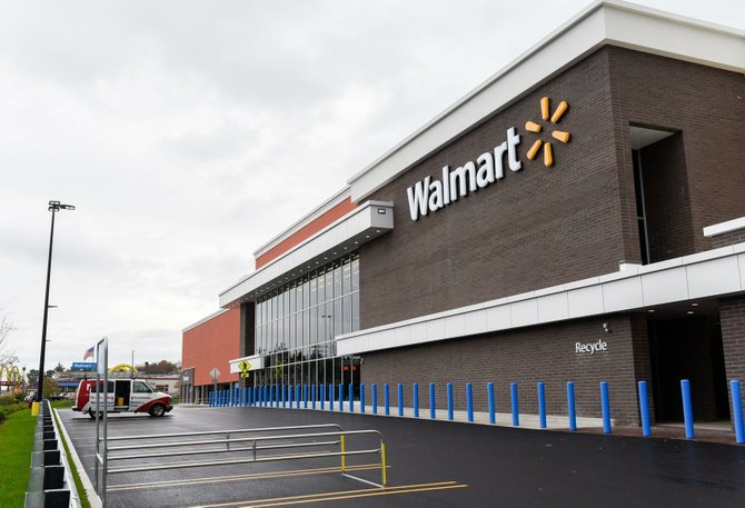 Los asociados de Walmart son elegibles para recibir bonos en efectivo trimestrales basados en el desempeño de su tienda.