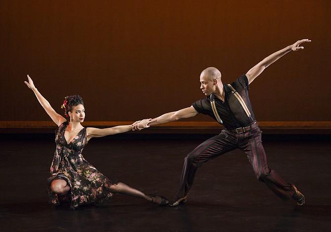 Bailarina dominicana de Lawrence llega a Boston con prestigiosa compañía Alvin Ailey Dance Theater