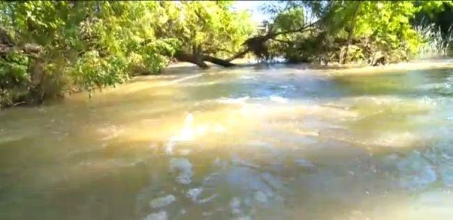 Derrame de más de 100,000 galones de aguas residuales en Kyle