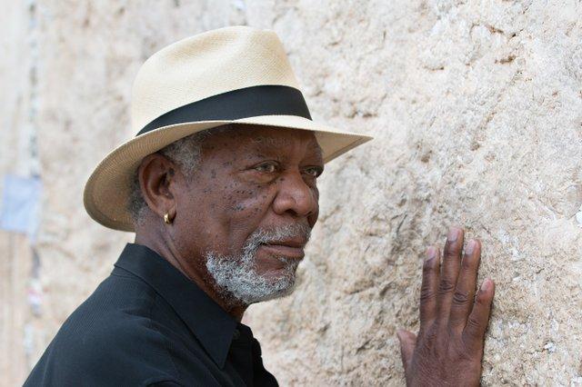 En un tema tan controversial como este no podía faltar la visita al Muro de los lamentos.