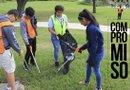 Los estudiantes de Yes Prep East End participaron en una jornada voluntaria para embellecer el parque Hidalgo, la cual fue organizada por el Greater East End Management District.