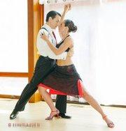 DANZA. Los bailarines Shadi & René participarán en el espectáculo.
