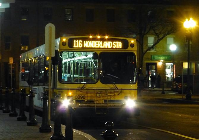 MBTA probará un sistema de autobuses nocturnos a partir de septiembre