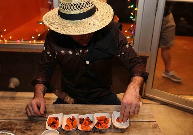 Boston: Un concurso que te desafía a comer chiles picantes