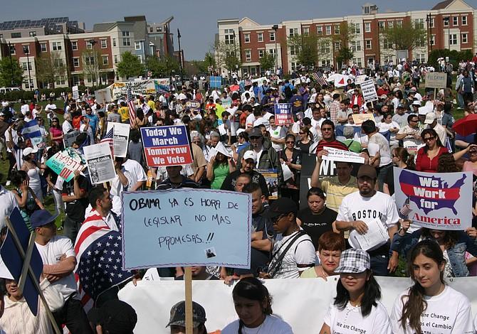 1 MAYO: Marcha por mejores sueldos en Chelsea, East Boston y Everett