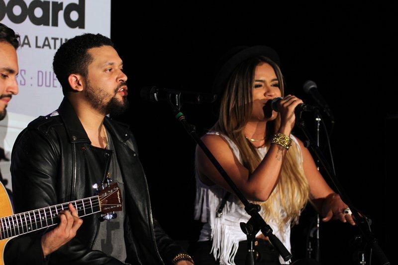 """Karol G debutó en el año 2010 junto a reggaetonero  Reykon y en el año 2013 lanza su canción """"Amor de dos"""", junto con el puertoriqueño Nicky Jam."""
