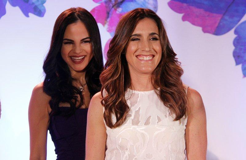 Natti Natasha atrás de Soledad, son dos interpretes de diferente género y época que están orgullosas de ser mujeres exitosas en esa industria.
