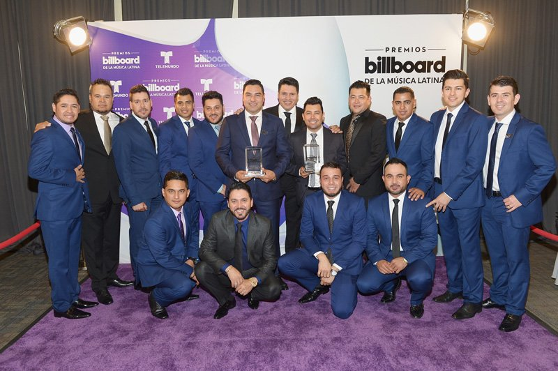 """La popular Banda Sinaloense MS ganó en la categoría """"Regional Mexican Songs"""" Artista del Año, Dúo o Grupo."""