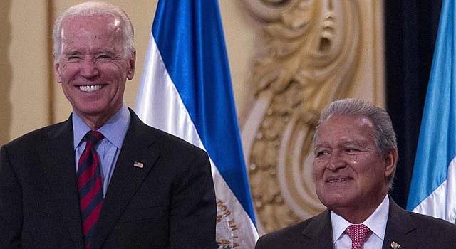 El vicepresidente de Estados Unidos, Joe Biden y el presidente de El Salvador, Salvador Sánchez Cerén.