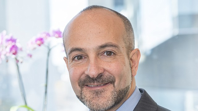 El Dr. Joseph Betancourt, de origen latino, ha sido nombrado parte de la Junta de la Comisión de Salud Pública de Boston por tercera vez