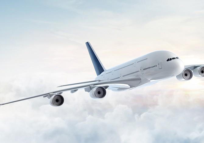 Diez trucos para encontrar boletos de avión baratos en Internet