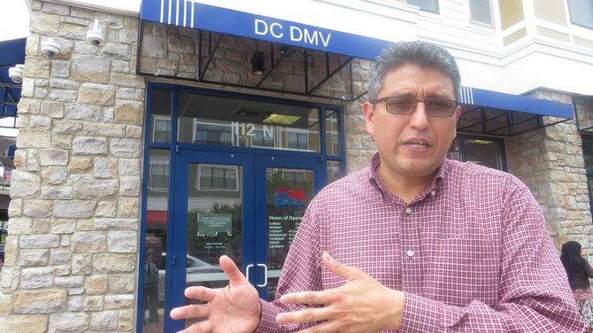 DC mejorará acceso a licencias de conducir para indocumentados