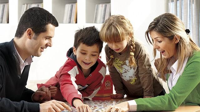 Los juegos de mesa siempre son una alternativa divertida para quedarse en casa
