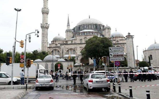 una decena de muertos y 36 heridos en un atentado en el centro de Estambul