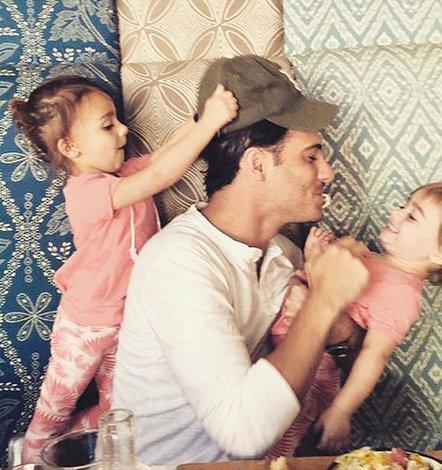 """""""Hablo con mis hijas antes  de comenzar a grabar"""""""