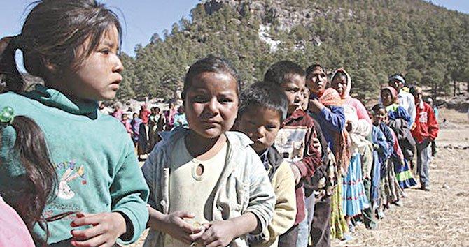 Niños indígenas son  los más desprotegidos
