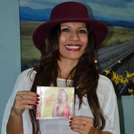 Patty Padilla la voz que cautiva en la música tropical