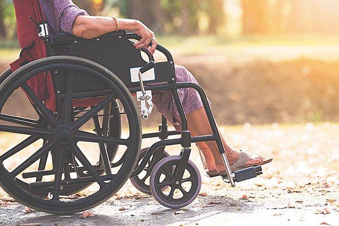 Futuro incierto para adultos mayores y discapacitados