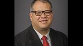 Dr. Pablo Hernández, Chief Medical Officer de Kennedy Community Health Center de Worcester